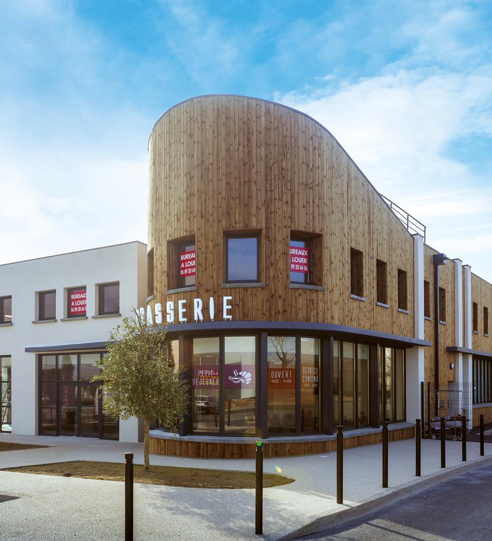 Ensemble du Puy du Parc, réalisation de restaurant, cellules commerciales et bureaux à Narbonne (11)
